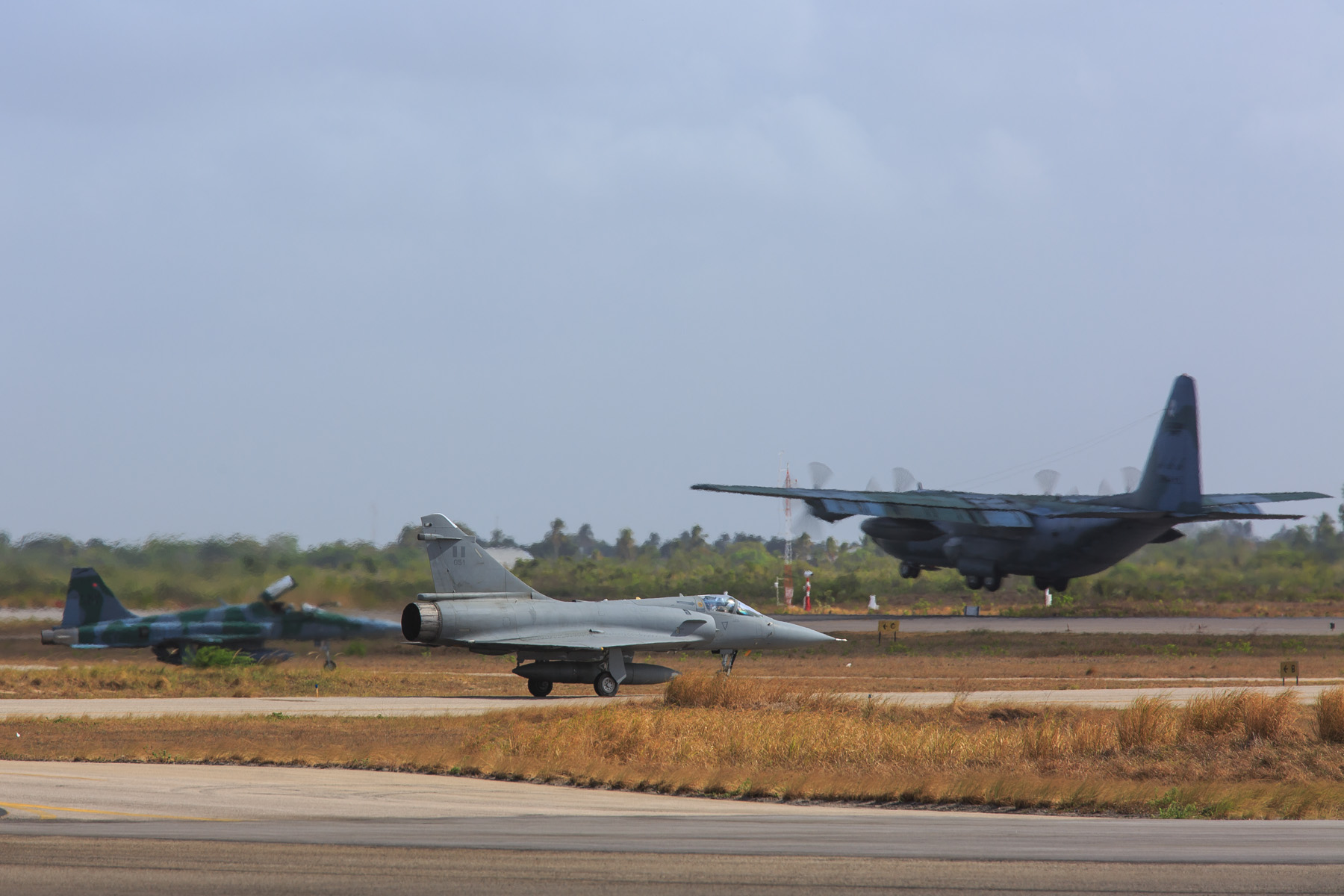 First Composite Air Operation in the exercise gathers 59 aircraft; see the video