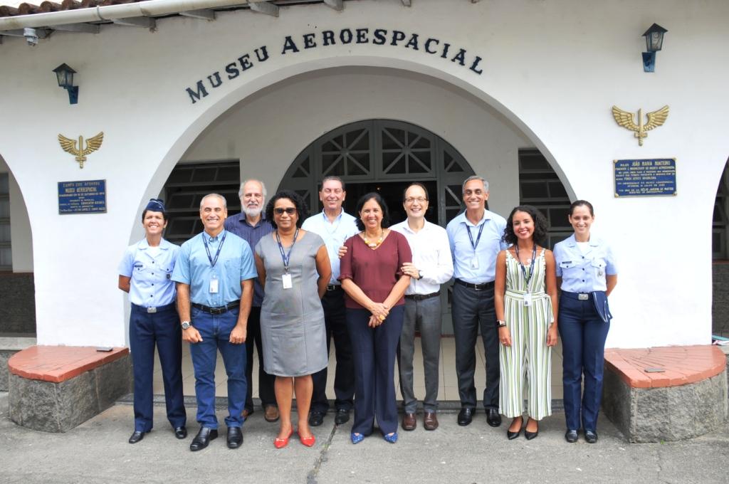 c050cef99ce70 ... Presidente da Associação de Amigos do Museu Aeroespacial (AMAERO),  Pedro Ferraz, contando também com o apoio do efetivo das seções do MUSAL  envolvidas.